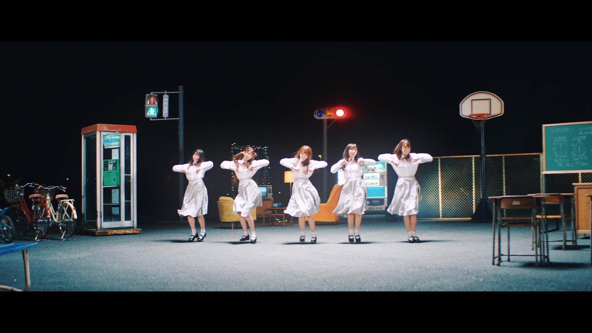 日向坂46「ママのドレス」